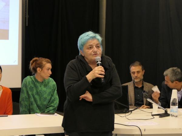 Vittoria Ciolini introduce la tavola rotonda La Via della Cina al Centro Pecci